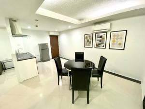For RentCondoOnnut, Udomsuk : Condo for rent Waterford Sukhumvit 50, size 65.6 square meters, 2 bed 2 bath, price only 17000 !!!!