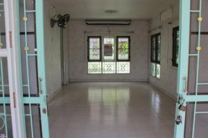 For RentHouseRangsit, Patumtani : House for rent in Passorn 12