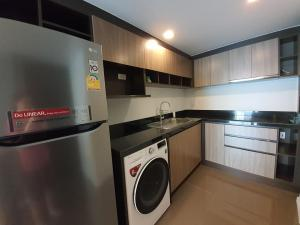 For RentCondoWitthayu,Ploenchit  ,Langsuan : Focus Ploenchit Condominium for rent 73 sqm 2beds 2baths 36,000 per month