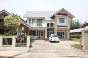 For RentHouseChiang Mai, Chiang Rai : Ornsirin 2 Village, Nong Chom, Sansai, Chiang Mai, for rent 45000 baht, negotiable.
