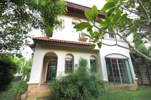 For SaleHouseNawamin, Ramindra : House for sale, the Tuscana Village Ring-Ramintra Near the pink line, area 104.3 sq.w. 3 bedrooms, 3 bathrooms, behind the corner, located at the beginning of the project, special price