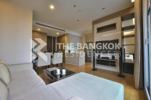 For RentCondoRama9, RCA, Petchaburi : Urgent rent, 65 sq m, 2 bedroom 2 bathroom, high floor, good view, beautiful room, 1 year contract 30,000, 2 year contract 28,000 baht