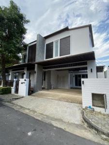 For RentHouseLadkrabang, Suwannaphum Airport : BB13 2 storey detached house for rent, usable area 250 square meters, Blue Lagoon, Bangna, Ring Road, near Mega, suitable for housing