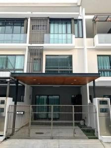 For RentTownhouseKaset Nawamin,Ladplakao : 3-storey townhome for rent, The Landmark, Ekamai, Ramindra, near the express house, new condition.