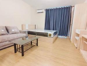 For RentCondoRangsit, Patumtani : Rent: Plum Condo Phaholyothin 89, new room, never been rented before, ready to move in near Rangsit University, the entrance of Muang Ake
