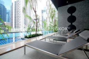 For SaleCondoRatchadapisek, Huaikwang, Suttisan : Condo For Sale Best Price!! 26 sq.m. Fully Furnished, 250m from MRT Thailand Cultural Centre Noble Revolve Ratchada @3.45 MB