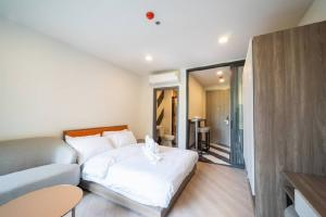 For RentCondoVipawadee, Don Mueang, Lak Si : For Rent The Base Saphan Mai: 0 meters from BTS Sai Yud