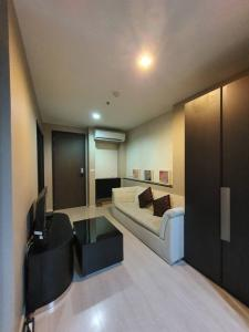 For RentCondoOnnut, Udomsuk : Nice room for rent, see the garden next to BTS Phra Khanong, Rhythm 44/1 Project interested call 0645414424