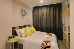 For SaleCondoBang Sue, Wong Sawang : Condo for sale Metro sky prachachuen fully furnished with tenant.