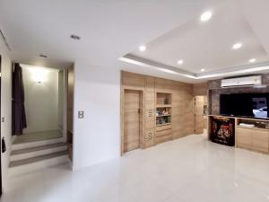 For SaleTownhouseRama3 (Riverside),Satupadit : 4-storey townhome for sale, uptown Sathupradit. Near Central Rama 3, Soi Chan 43, Ratchada Road, new house never lived.