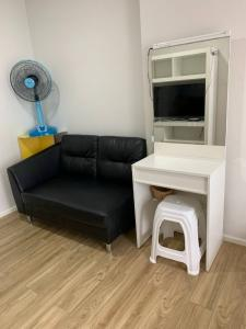 For RentCondoRathburana, Suksawat : For Rent | ISSI Condo Suksawat | Fully furnished | Fully equipped | Ready to move-in