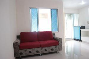 For RentCondoRamkhamhaeng, Hua Mak : For rent Lumpini Condo Town Bodindecha Ramkhamhaeng fully furnished. Granite floor