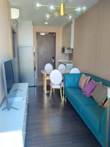 For RentCondoOnnut, Udomsuk : Rent an Inspire room, next to BTS 500 m.