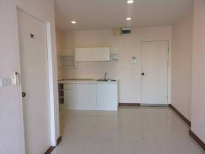 For RentCondoLadkrabang, Suwannaphum Airport : Condo for rent, Airlink Residence Condo, size 35 sq m, special price 6,500