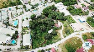 ขายที่ดินพัทยา บางแสน ชลบุรี : ที่ดินเปล่า ถมแล้วพร้อมทำประโยชน์ ขนาด 5-0-89 ไร่ ที่ดินมีรั้วรอบขอบชิดทุกด้าน ติดถนน ในซอย พรประภานิมิต 15 เพียง 300 เมตร หน้ากว้างติดถนน กว่า 200 เมตร เมืองพัทยา ชลบุรี