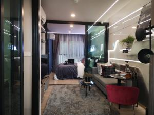 Sale DownCondoBangna, Lasalle, Bearing : Condo sales down The Origin Sukhumvit 105 price 130,000 baht!