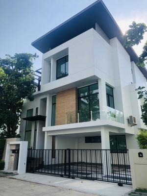 For SaleHouseLadkrabang, Suwannaphum Airport : Detached house for sale Nirvana Beyond Srinakarin(Suanluang Rama 9)54.2 Sqw3 storeys house Luxury Concept Ever Green Living Style : Natural ModernType Keen : 4 Beds 4 Baths 310 sqm ,3 parking lot