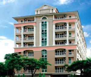เช่าคอนโดบางนา แบริ่ง : ให้เช่าคอนโด  บ้านรื่นรมย์ บางนา ใกล้ MRT ศรีเอี่ยม พร้อมอยู่ 64 ตรม ราคาเริ่มต้นที่ 12,000 บาท