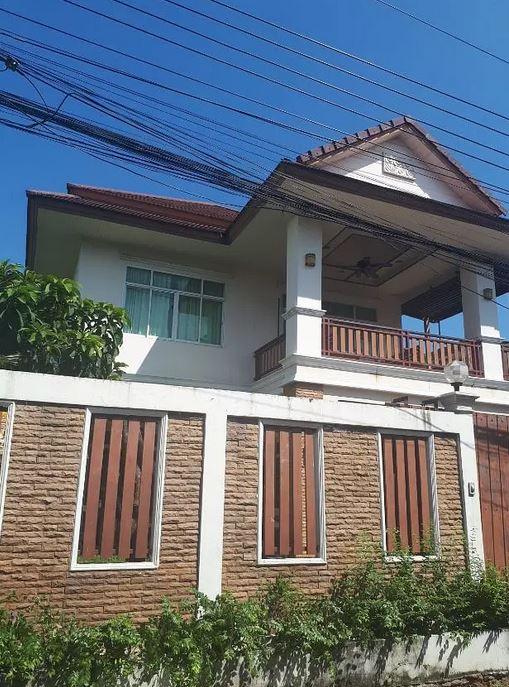 ขายบ้านลาดพร้าว71 โชคชัย4 : ขายด่วนมาก บ้านสวยสภาพดี ทำเลดีมาก 4 ห้องนอน 3 ห้องน้ำ โชคชัย 4