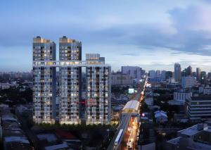 Sale DownCondoKasetsart, Ratchayothin : Condo sales down. KnightsBridge Kaset Society *** Sale by owner *** Corner unit at the front of the project