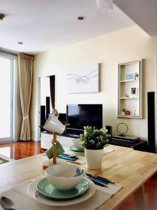For RentCondoSukhumvit, Asoke, Thonglor : For rent Siri Residence Nearby BTS Phrom Phong