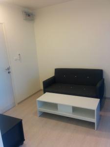 For RentCondoThaphra, Wutthakat : Condo for rent, Aspire Sathorn-Taksin, 6th floor, Re63-0100.