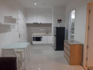 For RentCondoRama9, RCA, Petchaburi : 1595-A😊 For RENT 1 bedroom for rent 🚄 near MRT Rama 9 only 5 minutes 🏢 TC Green Rama 9 TC Green Rama 9 Area: 42.00 sq.m. 💲 Rent: 13,000.- baht 📞: 099- 5919653✅LineID: @sureresidence