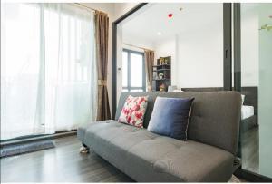 For RentCondoWongwianyai, Charoennakor : Condo for rent, The Rich @ Sathorn-Taksin, 5th floor, Re63-0104.