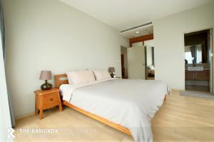 For RentCondoSukhumvit, Asoke, Thonglor : CONDO FOR RENT!!! Noble Reveal Near BTS Ekkamai  @ 50,000 baht/month