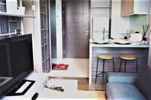 For SaleCondoSukhumvit, Asoke, Thonglor : Very urgent sale, Ceil Ekkamai, 1 bedroom, 32 sqm. Building B, beautifully decorated room, cost !!