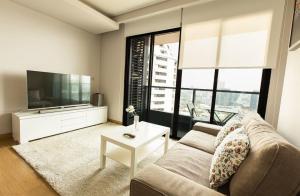For RentCondoSukhumvit, Asoke, Thonglor : Condo for rent: The Lumpini 24, Floor 24 Re63-0110