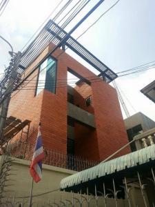 For SaleHouseAri,Anusaowaree : A 3-storey detached house with modern loft near BTS Ari, Soi Sailom 2 AN023.