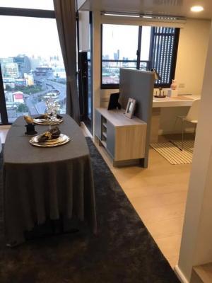 For RentCondoRama9, RCA, Petchaburi : 📍 For rent Chewathai residence Asoke style loft 33 sqm.