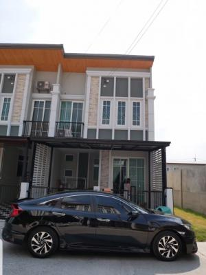 For RentTownhouseCentral Provinces : 2 storey townhome for rent near Ayutthaya Park