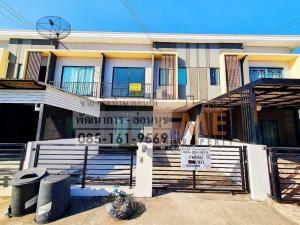 For RentTownhousePattanakan, Srinakarin : Beautiful house for rent, The Connect Pattanakarn-On Nut village.
