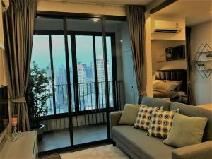 For RentCondoRatchathewi,Phayathai : Condo for rent, IDEO Q Siam Ratchathewi, the position of the deity, near Siam, Chula east, Baiyoke view, Private Lift, 360 degree swimming pool, very central.