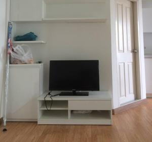 For RentCondoPinklao, Charansanitwong : Condo for rent, The Trust Pinklao, ready to move in, only 8000 baht