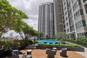 For RentCondoRama9, RCA, Petchaburi : Shock Price For rent / sell at Supalai Verenda Rama 9