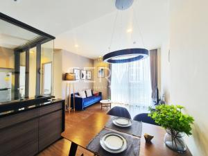 For RentCondoOnnut, Udomsuk : Modern Style 2 Bed Good View & Good Location BTS Phra Khanong 500 m. For Rent  45 K