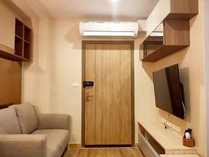 For RentCondoBangna, Lasalle, Bearing : Condo for rent, Ideo O2, BTS Bangna, 10,000 baht / month