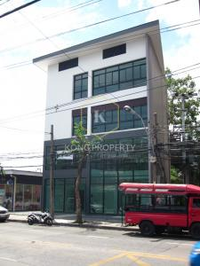 For RentHome OfficeOnnut, Udomsuk : for rent Office, 4 floors, on the main road, size 295 sq m, Bang Chak, Phra Khanong, Bangkok