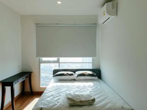 เช่าคอนโดพระราม 3 สาธุประดิษฐ์ : FOR RENT !!! 1 Bed ลุมพินี เพลส รัชดา-สาธุ  คอนโดใหม่ใกล้เซ็นทรัลพระราม 3 ราคาพิเศษ