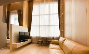 For RentCondoSathorn, Narathiwat : ** For rent KnightsBridge Prime Sathorn, Duplex room, size 37 sq m, near BTS Chong Nonsi **