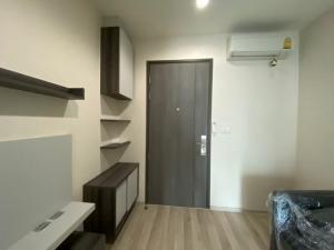 For RentCondoRatchadapisek, Huaikwang, Suttisan : Condo for rent, good condition, Centric Ratchada, Huay Kwang, the owner Never rented Near MRT Huai Khwang