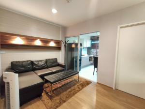 For RentCondoSathorn, Narathiwat : Rent a beautiful room near BTS Chong Nonsi and Surasak Condo Fuse Chan Sathorn, good view too.