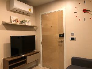 เช่าคอนโดรังสิต ธรรมศาสตร์ ปทุม : ให้เช่า Kave Condo ตรงข้าม ม.กรุงเทพ  1 Bedroom  Exclusive (25.85ตร.ม.) อาคาร B ห้องสวย  ตกแต่งบิ้วอิน วิวด้านแกรนโมเดิรน์ บรรยากาศดี เดินทางสะดวก พร้อมเครื่องใช้ไฟฟ้าครบครัน