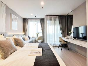 For RentCondoLadprao, Central Ladprao : ** For rent, Life Ladprao Studio, size 26 sq.m., spacious room, comfortable, inexpensive **