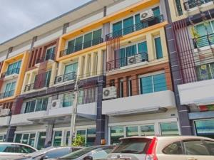For RentShophouseLadkrabang, Suwannaphum Airport : 4-storey commercial building for rent, RK Biz Center Motorway-Romklao project, next to the main road, fully furnished, suitable as an office Decorated as an office Complete office equipment