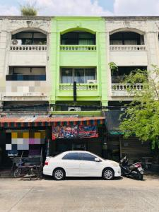 For SaleShophouseNawamin, Ramindra : 3 and a half storey commercial buildings for sale