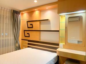 For RentCondoRama9, RCA, Petchaburi : 0048-Q🥁 RENT 1 bedroom for rent 🚅 near MRT Phetchaburi 🏦 Lumpini Park Rama 9-Ratchada, Lumpini Park Rama 9-Ratchada, Area: 33.00 sq.m. 💲 Rent: 14,000.- baht บาท065 -9423251✅LineID: newnormalrealtybkk